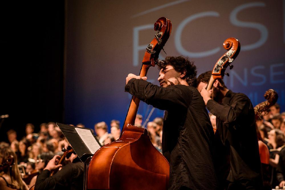 Orquesta Sinfónica del Real Conservatorio interprentando